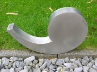 ineke-otte-design-stainless-steel-comma-kunst-grafmonument2-